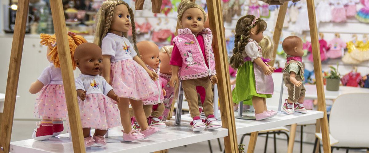 Großartige Schuhe für kleine Puppenfüßchen